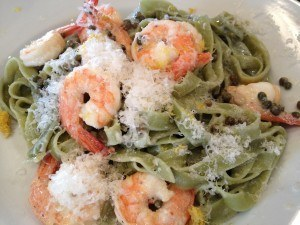 Spinach Fettuccine with Lemon, Capers, & Prawns 5